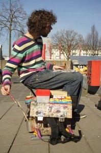 beim Malen auf der Straße