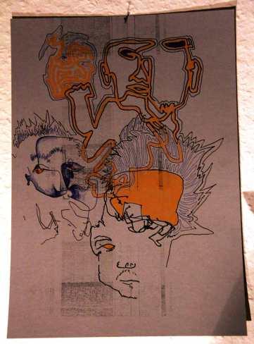Und das auch! Die Aufgabe war: Zeichne dich selbst ohne aufs Papier zu schauen. Habs dann noch ausgemalt.